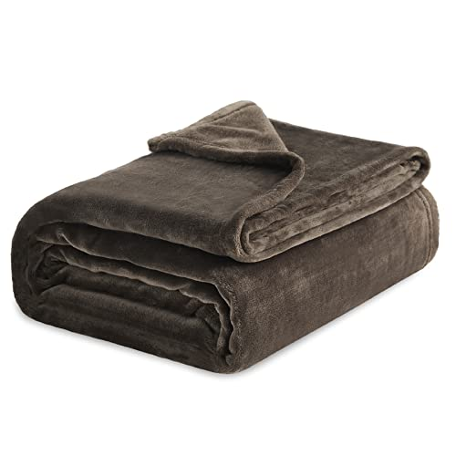 Book Cover Bedsure Flannel Fleece Luxury Blanket Brown Queen Size Lightweight Cozy Plush Microfiber Solid Blanket